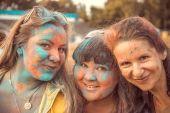 Penza, Ryssland - 6 September 2015: Fest av färger Holi — Stockfoto
