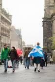 爱丁堡,苏格兰,英国,2014 年 9 月 18 日-白天全民公投,独立表达他的意见的人进行采访 — 图库照片