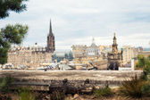 Edinburgh cityscape with dramatic skies, view from restaurant roof terrace — Stock Photo