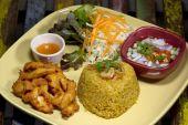 Kgawhmk fried chicken food decorate — Stock Photo