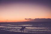 Surfer go home when finish — Stock Photo