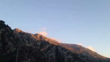 Montenegro time lapse in mountains of the plane crosses sky — Wideo stockowe