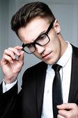 Przystojny stylowy mężczyzna — Zdjęcie stockowe