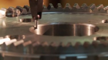 Gear centering on machine — Stock Video