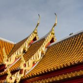 Traditional Thai style roof — Stock Photo