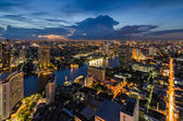 Bangkok cityscape with Chaophraya River — Stock Photo