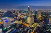Bangkok cityscape and Chaophraya River — Stock Photo