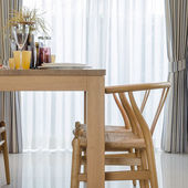 Wooden dinning table and chair in dinning room  — Stock Photo