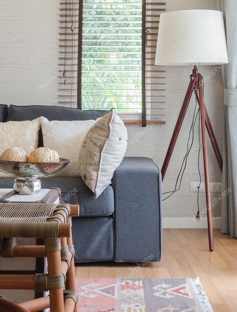 Wohnzimmer Holztisch  Jtleighcom  Hausgestaltung Ideen