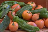 Rajčata a papriky. — Stock fotografie