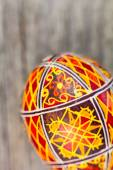 Easter eggs on the rusted board  — Stock Photo