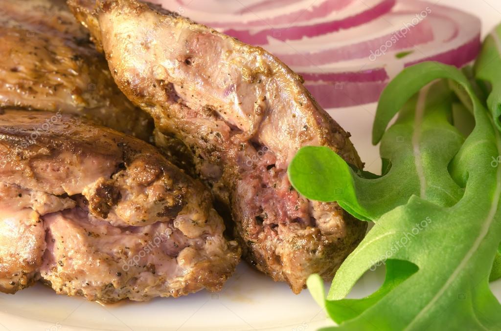 Жареная печень в сметане с луком с фото пошагово
