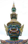 Gigante en el templo del Buda de Esmeralda, Bangkok, Tailandia. — Foto de Stock