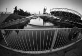 View of the Olympic Stadium in Queen Elizabeth Olympic Park - London, UK — Stock Photo