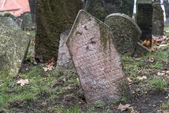 Antiguo cementerio judío en praga, república checa — Foto de Stock