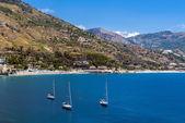 Coastal seascape in Taormina, Sicily — Foto Stock