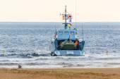 Le débarquement des Marines avec les bateaux sur la mer Baltique au cours d'exercices. Saint-Pétersbourg, juillet 2015. — Photo