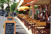 Typical French restaurant scene — Foto Stock