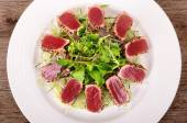 Seared tuna salad top view — Stock Photo