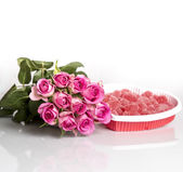 Pink Roses and Candy Hearts — Stock Photo