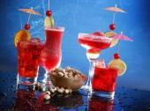Cocktails with pistachio — Stock Photo