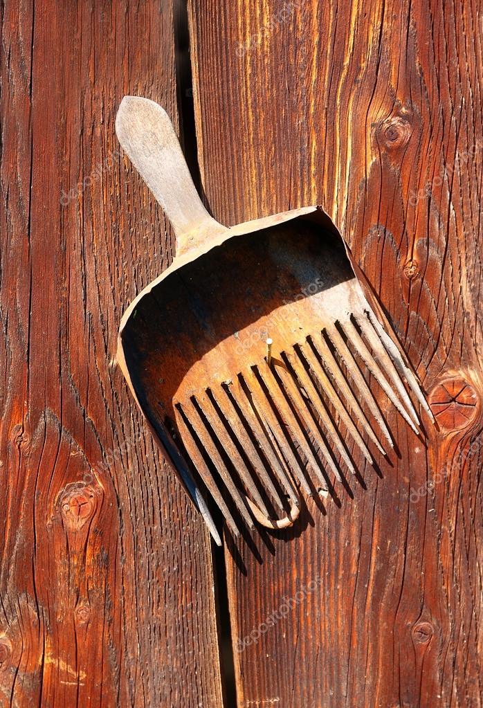 Pareti In Legno Vecchio : Assemblaggio di oggetti retrò stile vecchio ...