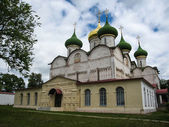 White stone church in Suzdal — Stock Photo