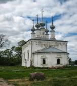 White stone church in Suzdal — Stock Photo