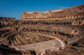 Ruines av Colloseum, Rom, Italien — Stockfoto