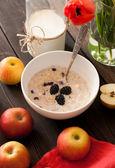 Oatmeal porridge — Stock Photo