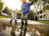 Fun In The Puddle — Stock Photo