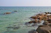 Rocks on the beach at Koh Larn Thailand. — Stockfoto