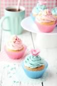 Tasty sweet cupcakes — Fotografia Stock