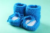 Handmade baby booties — Stock Photo