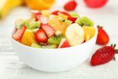 新鲜水果沙拉 — 图库照片