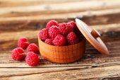Raspberries in bowl — Stock Photo