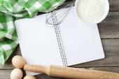 Open blank recipe book — Zdjęcie stockowe