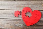 Puzzle czerwony serca — Zdjęcie stockowe