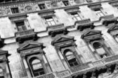 Antigua fachada de la casa — Foto de Stock