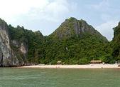 Schöner und ruhiger Strand in Vietnam — Stockfoto
