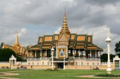 Kungliga slottet i phnom penh — Stockfoto
