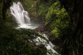Waterfall at the Neidong National Forest Recreation Area in Taiwan — Stockfoto