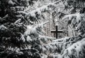 Cemetery in winter — Stock Photo