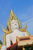 Witte Boeddha in Nakhonnayok — Stockfoto