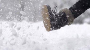Woman's Leg Kicking Fresh Snow — Stock Video