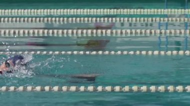 Swimmer Performing Crawl Stroke — Stock Video