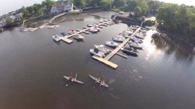 New England marina, wide aerial shot — Stock Video