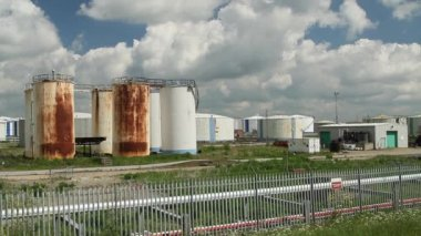 Petrochemical tanks on Canvey Island — Stock Video