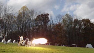 Revolutionary War reenactment — Stock Video