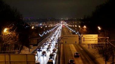 Akşam trafik — Stok video